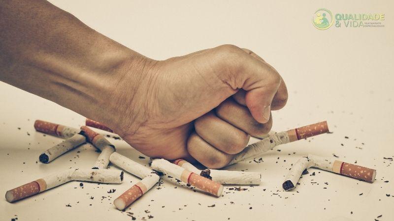 Os riscos de fumar para a saúde