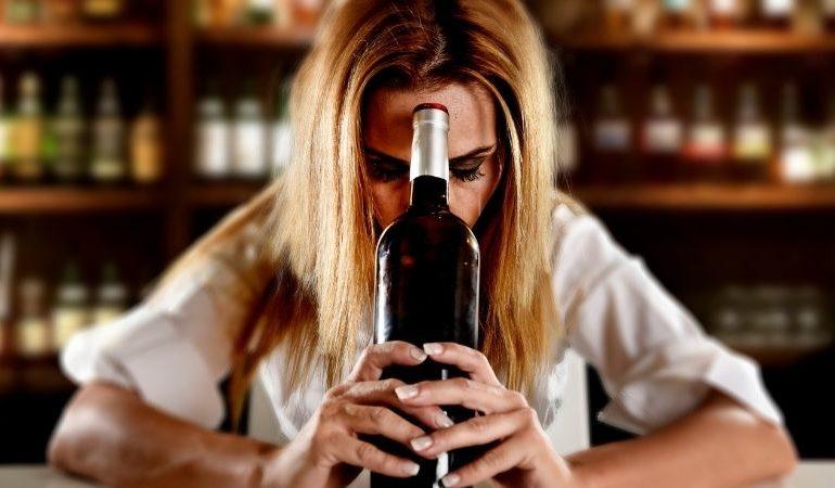 transtornos da anorexia ligada ao alcoolismo